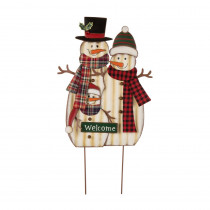 Glitzhome 29.92 in. H Metal Christmas Snowman Family Yard Stake